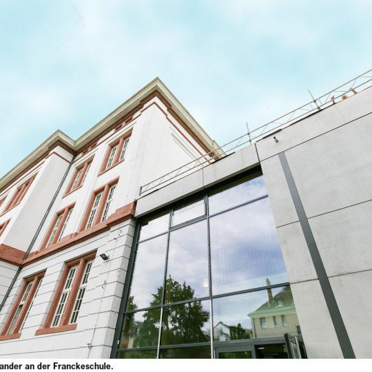 Moderne Schulen in denkmalgeschützten Gebäuden
